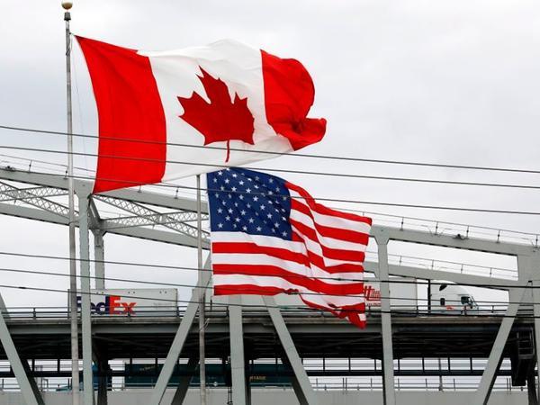 """Tramp: """"ABŞ-Kanada sərhədi yaxın zamanda açılacaq"""""""