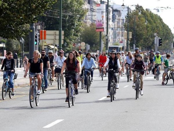 Brüssel daha bir avtomobilsiz gün yaşayıb