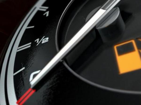 Britaniyada benzinlə işləyən avtomobillərin satışına 2030-cu ildən qadağa qoyula bilər