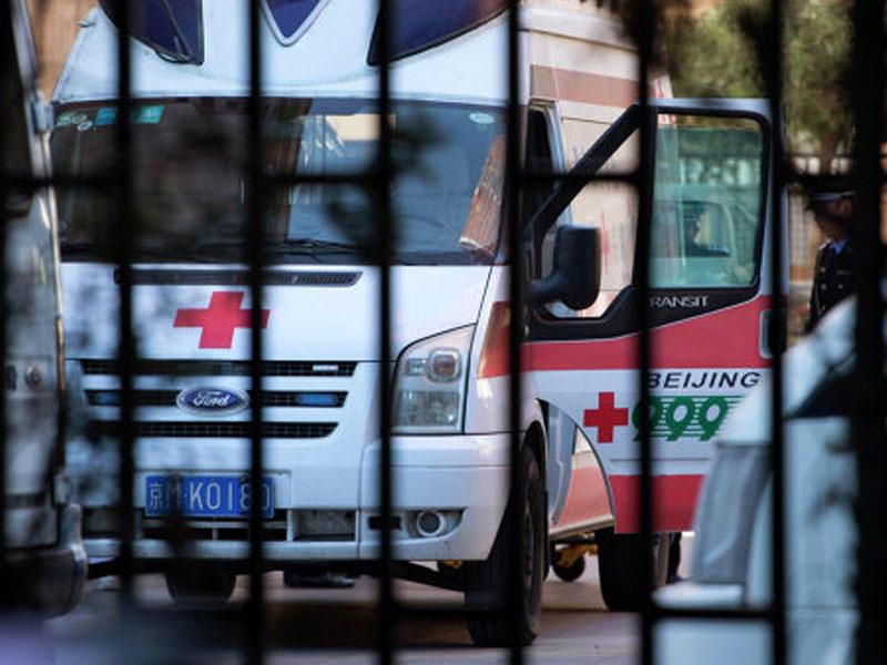 Çində silahlı şəxs insanlara hücum etdi: yaralananlar var