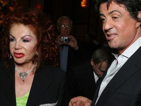 Silvestr Stallonenin anası vəfat etdi