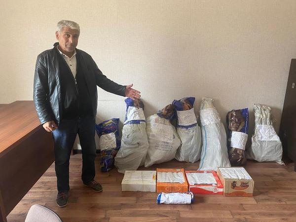 İstixanada çətənə yetişdirən Abşeron sakini iş başında tutuldu -  FOTO