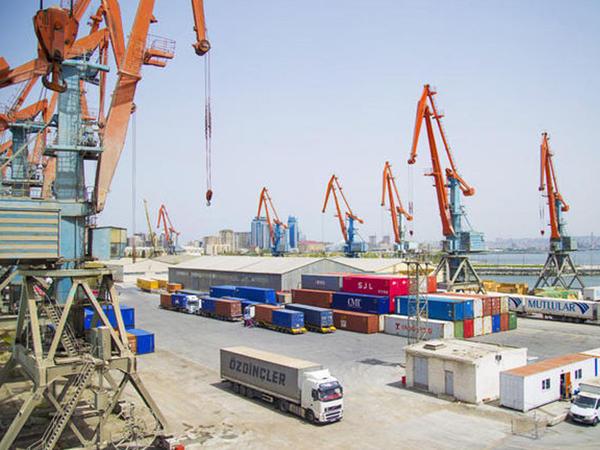 Bakı Limanında ümumi yükaşırmanın həcmi 3.2 milyon tondan çox olub