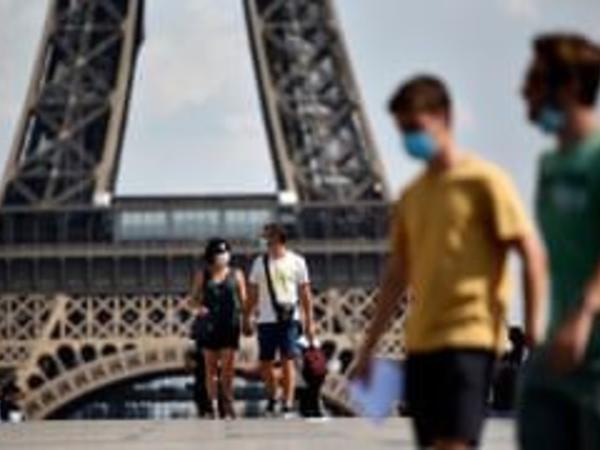 Fransada sutkada rekord sayda koronavirusa yoluxma faktı qeydə alınıb