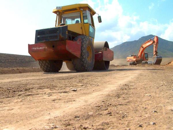 Sərhədyanı kəndin yolu təmir edilir - FOTO