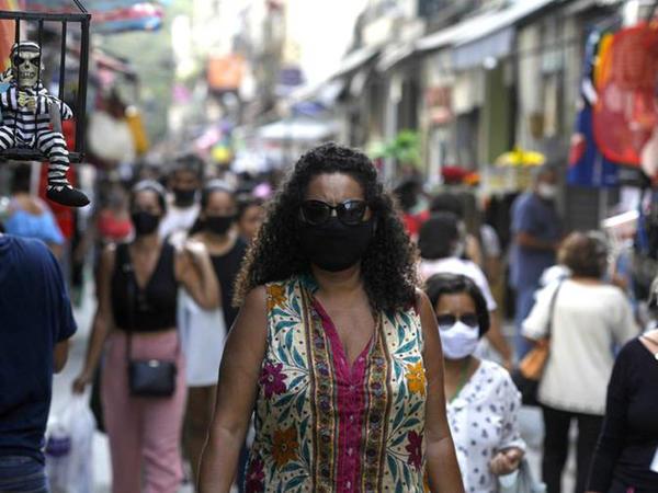 Braziliyada koronavirusdan ölənlərin sayı 140 min nəfəri ötüb