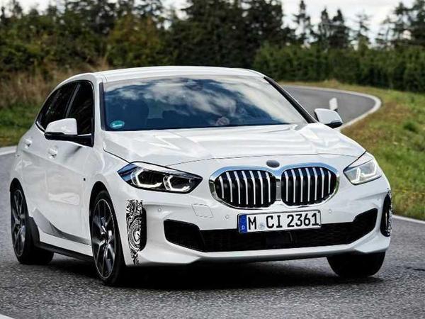 BMW 1 Series modelinin gənclərə ünvanlanış verisyasını hazırlayır - FOTO