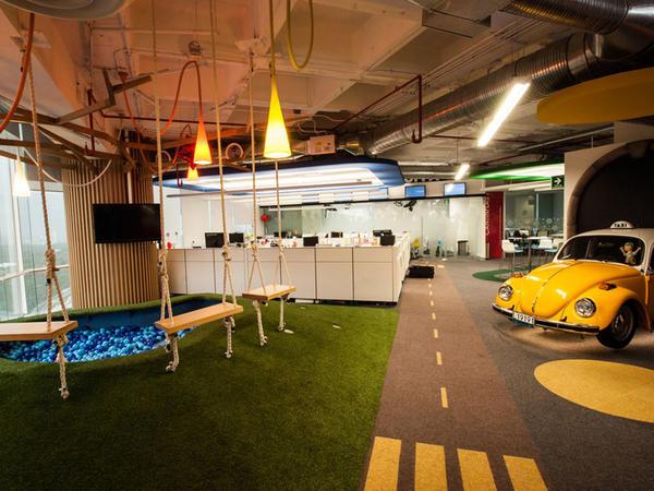 Google hibrid iş modelinə keçir