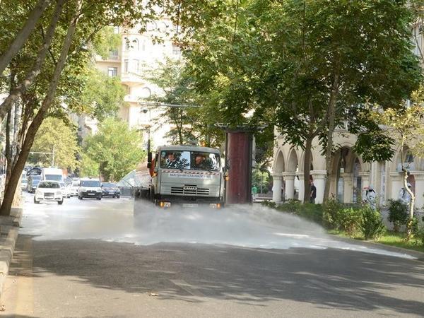 Bu gün Bakıda 553 küçə dezinfeksiya edilib - FOTO