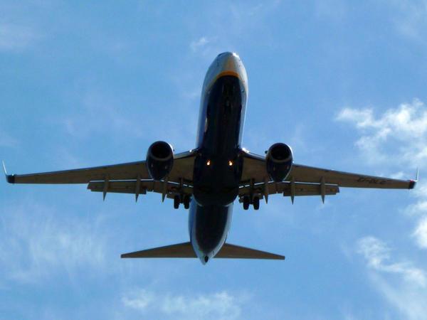 """Kubanın hava nəqliyyatı sərnişinlərdən """"sanitar vergisi"""" tutacaq"""