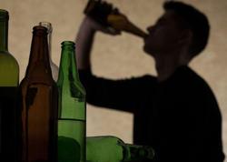 Alkoqol insan beynini qurudur