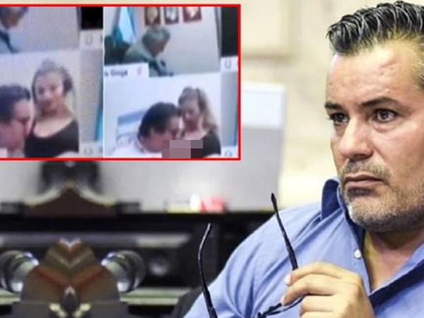 """Kameranın açıq olduğunu unudan evli deputat katibəsini öpərkən &quot;Zoom&quot;a düşdü - <span class=""""color_red"""">VİDEO</span>"""