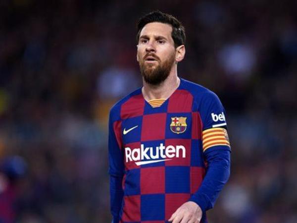 """Messi """"Barselona""""dakı böhrana görə azarkeşlərindən üzr istəyib"""