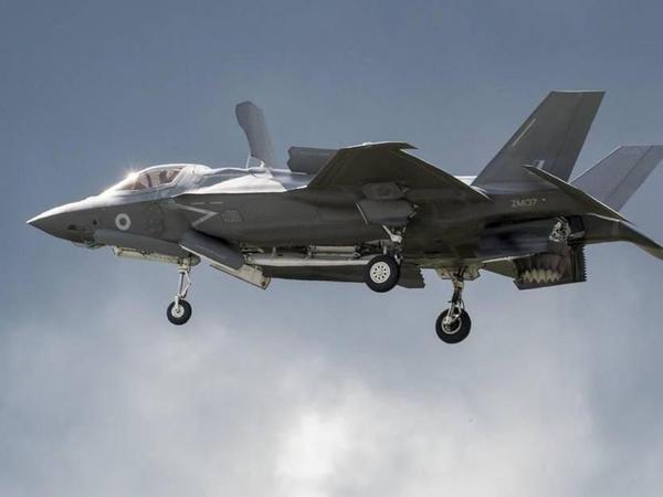 Kaliforniyada F-35 qırıcısı yanacaqdoldurma təyyarəsi ilə toqquşub