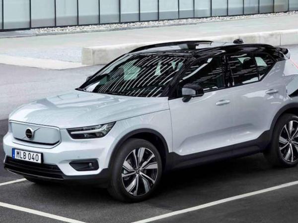 Volvo çıxarılan sükan və sensorlu pedalları patentləşdirib - FOTO