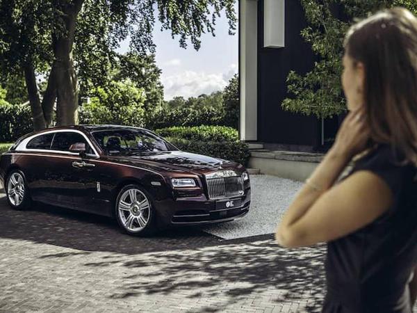 Şutinq-breyk kuzovlu Rolls-Royce Wraith satışa çıxarılıb - FOTO