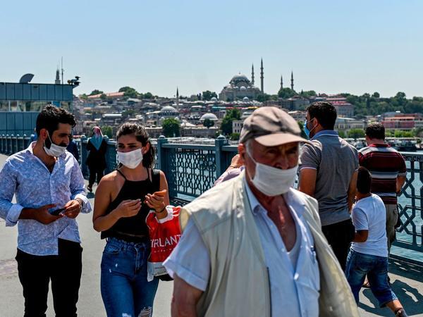 Türkiyədə koronavirusdan sağalanların sayı 305 min nəfəri ötüb