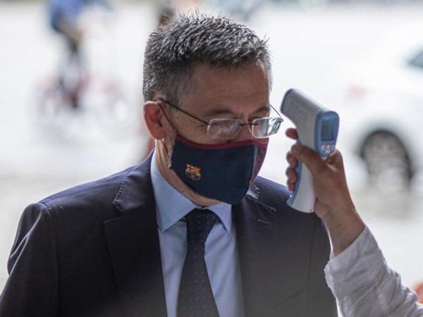 """""""Barselona""""nın prezidenti karantinə alındı"""