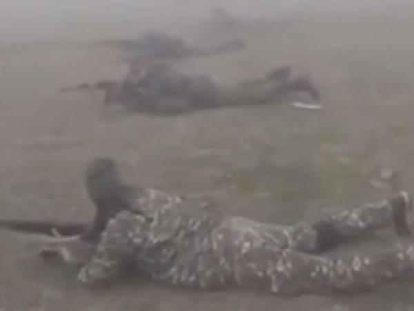 Erməni qızların hər kəsi güldürən hərbi təlim görüntüləri - VİDEO
