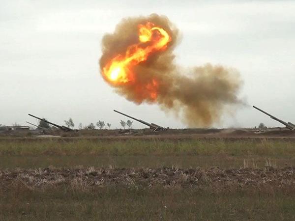 Artilleriyaçılarımız düşmənin atəş nöqtələrinə dəqiq zərbələr endirməyə davam edir