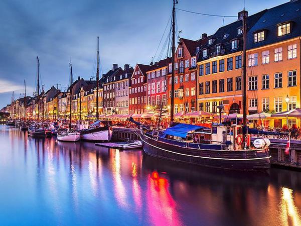 Danimarka saat 22:00-dan sonra alkoqol satışını qadağan etdi