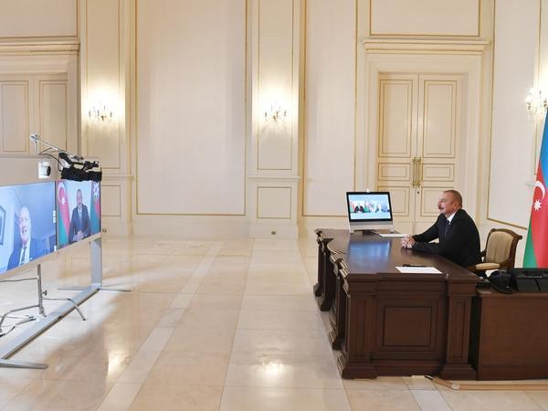 """Prezident İlham Əliyevin Fransanın """"Figaro"""" qəzetinə müsahibəsi - FOTO"""