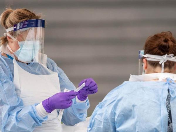 Böyük Britaniyada koronavirusa yoluxanların sayı artmaqda davam edir