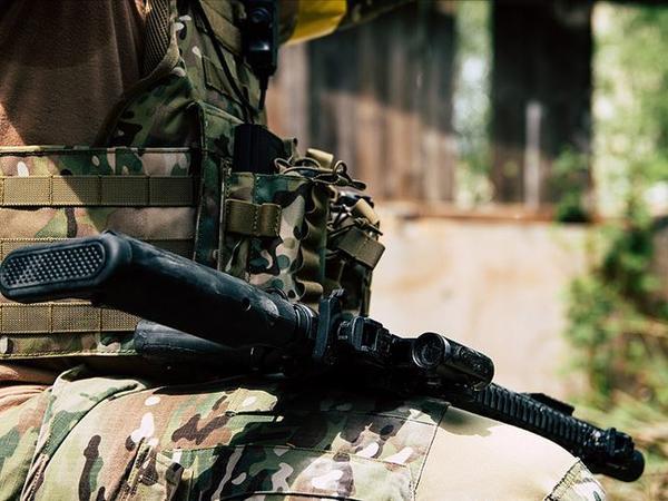 Ermənistan terrorçulara Azərbaycan əsgərinin formasını geyindirir