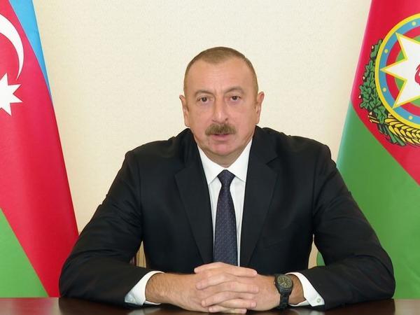 Azəribaycan Prezidenti: Cıdır düzündə sərxoş vəziyyətdə oynayan o təlxək bəyan etsin ki, işğal olunmuş torpaqlardan çıxıram