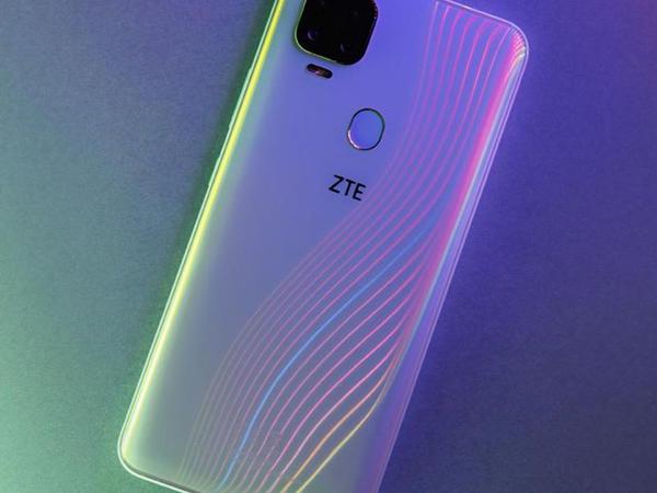 """Ucuz """"ZTE V2020 5G"""" smartfonu təqdim edilib"""