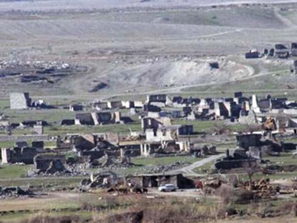 """Qarabağ Azərbaycana aiddir - <span class=""""color_red"""">İranın nüfuzlu din xadimi</span>"""