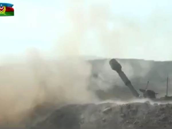 Azərbaycan artilleriyaçıları düşməni belə məhv edir - VİDEO