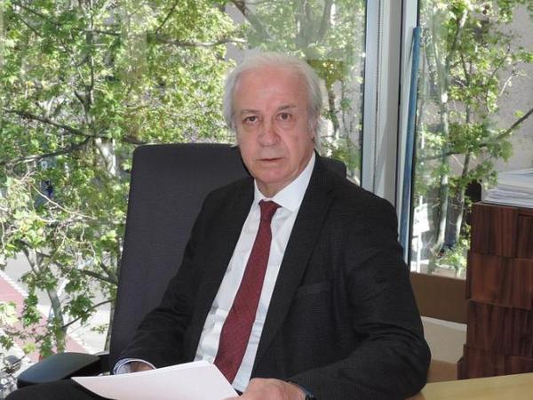 """""""Barselona""""da müvəqqəti prezident"""