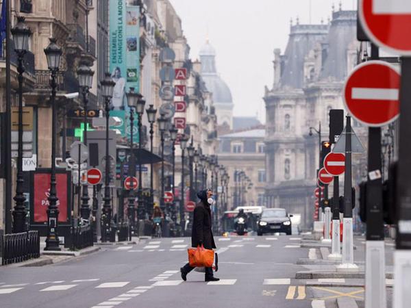 Fransada 30 oktyabrdan yenidən özünətəcrid rekimi tətbiq olunacaq