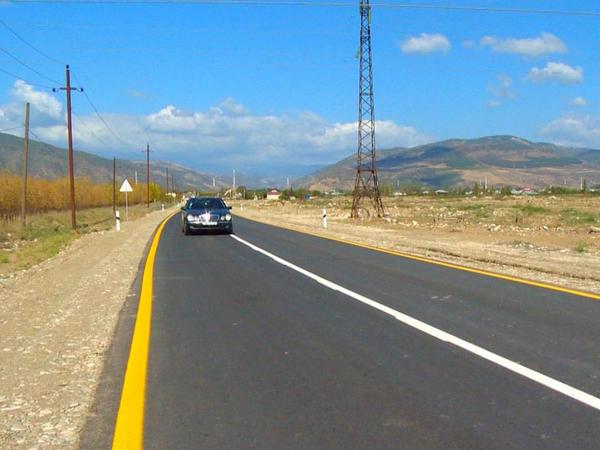 Ağsuda 9 yaşayış məntəqəsini birləşdirən yollar yenidən qurulub - FOTO