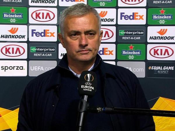 """""""Fasilədə 11 dəyişiklik etmək istəyirdim"""" - <span class=""""color_red"""">Mourinyo</span>"""
