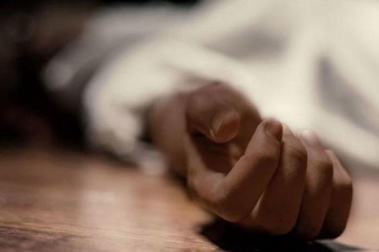 Rusiyada dəhşət: Birgə yaşadığı qadını öldürdü, meyiti ilə doqquz gün yaşadı - FOTO