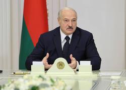 """Lukaşenko insanları """"iPhone""""dan istifadə etməməyə çağırdı"""
