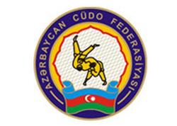 Camal Feyziyev qitə birinciliyinin bürünc medalını qazanıb