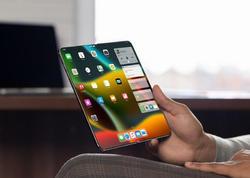 Apple yaxın gələcəkdə iPad modellərindən birini qatlana bilən iPhone ilə əvəz edə bilər