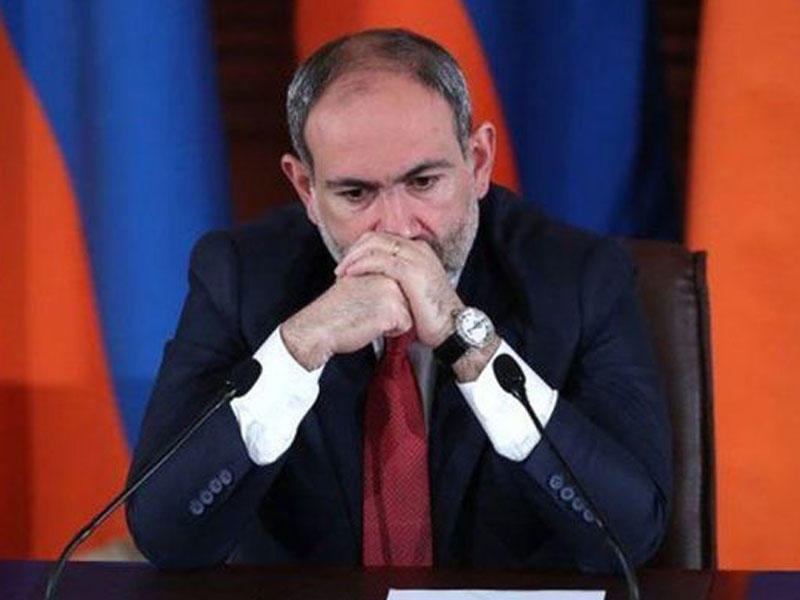 Paşinyan 1 saatda 2 dəfə Putinə zəng edib