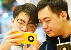Smartfonlar üçün metal çexolların ziyanı açıqlanıb