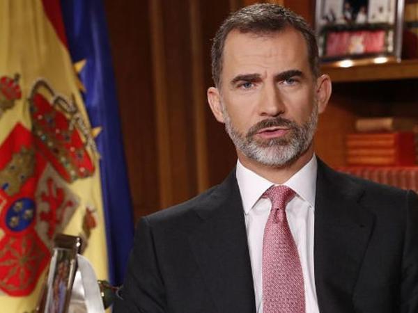 İspaniya kralı karantinə gedir