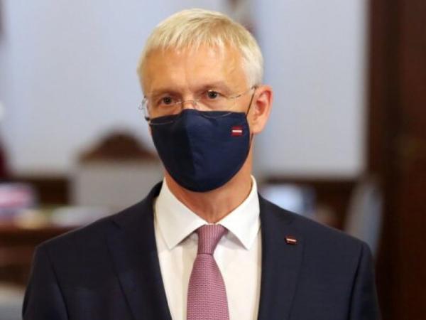 Latviyanın Baş naziri ölkəsində COVID-19-la bağlı məhdudiyyətlərin gücləndirilməsinə çağırıb