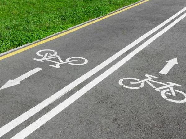 """Bakıda velosiped yolları və tramvay xətti ilə bağlı <span class=""""color_red"""">RƏSMİ AÇIQLAMA </span>"""