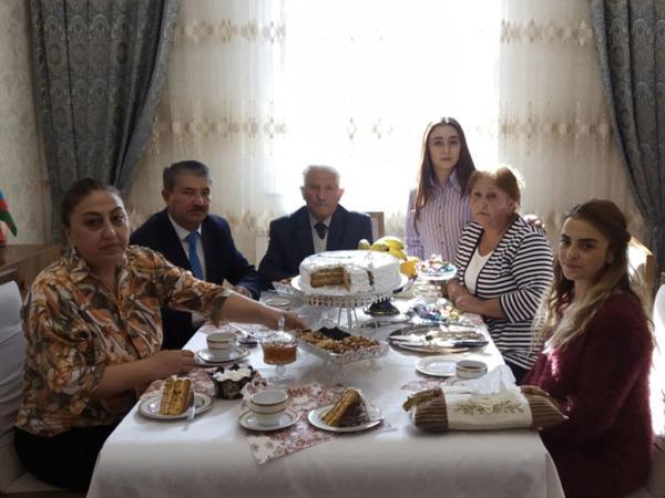 """""""Ruhun şad olsun, ana, sən gedə bilməsən də biz Kəlbəcərə gedirik"""" - FOTO"""