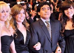 Maradonanın 11 uşağı miras davasına başladı