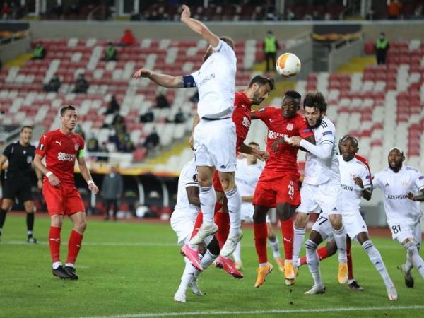 """""""Qarabağ"""" Avrokubokda mərhələ adlamaq şansını itirdi – <span class=""""color_red"""">YENİLƏNİB</span>"""