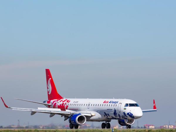 İzmir istiqamətində uçuşların sayı artırılır
