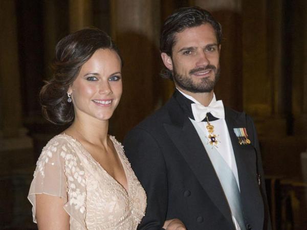 İsveç şahzadəsi Karl Filipp və onun xanımı Sofiya koronavirusa yoluxublar